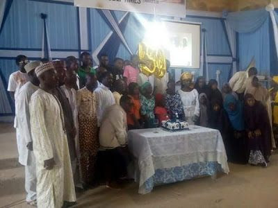 Photos: Shiite Members Celebrate Pastor's 50th Birthday, Gives Him Award