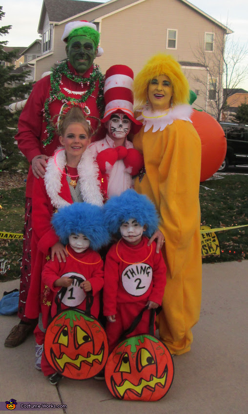Dr Seuss Characters Family Costume Photo 310