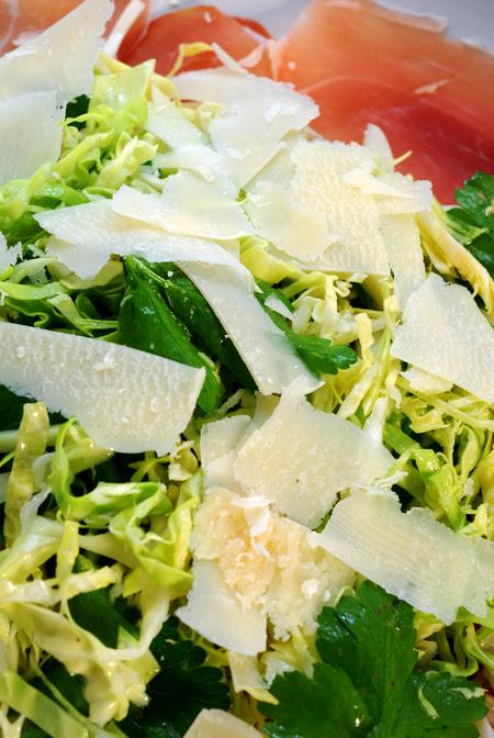 prosciutto and cabbage salad ©