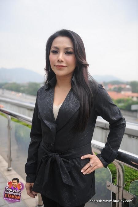 Datin Noniswara sebagai Puan Mariam