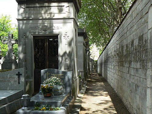 allée cimetière.jpg
