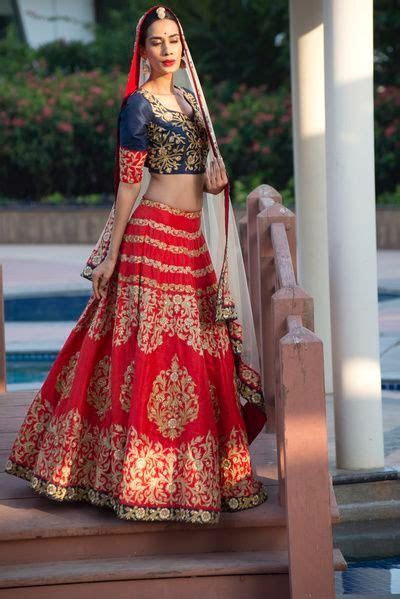 Most Inspiring Bridal Lehenga of 2017 Bridal lehenga