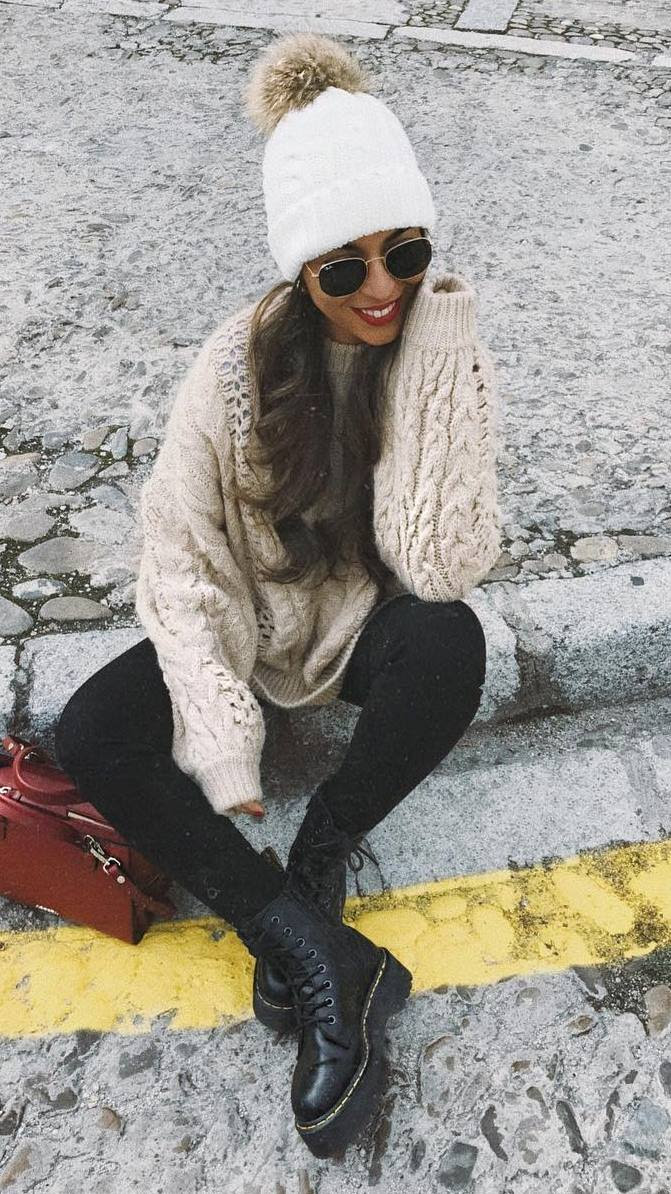 winter outfit of the day | knit sweater + white hat + skinnies + boots