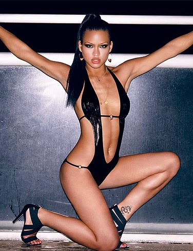 milk-women-cassie-ventura-in-her-panties-gals