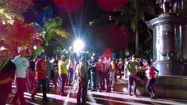 Se espera que el presidente Nicolás Maduro de las primeras cifras de participación desde la Plaza Bolívar.
