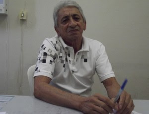 médico Manoel Lopes de Figueiredo - cruzeiro-pb (Foto: Luiz Carlos Roque / Globoesporte.com/pb)
