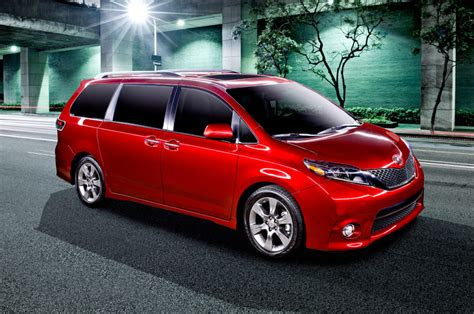 toyota sienna review design engine release date