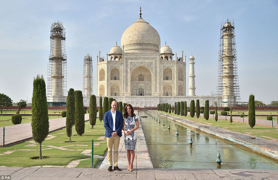 The monument was a stunning venue for the couple to visit ahead of their fifth wedding anniversary on the 29th of this month