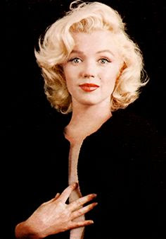 Marilyn Monroe photographed by Milton H. Greene (1953)