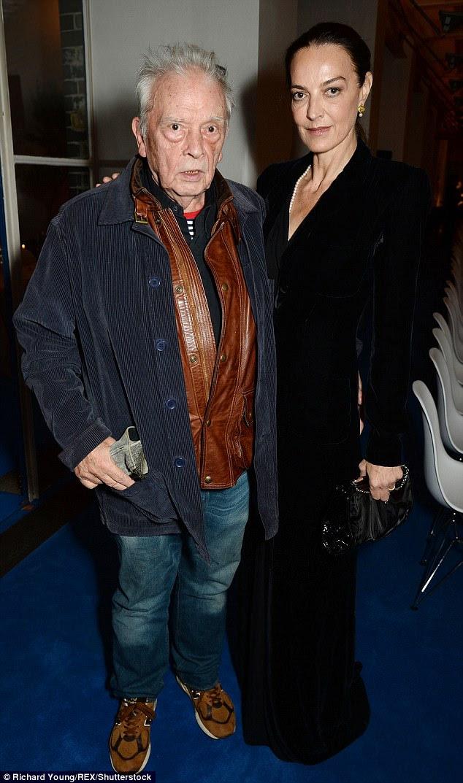 O lendário fotógrafo David Bailey com sua esposa, Catherine Bailey, participou do evento estrela studded