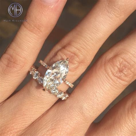 25  best Marquise engagement rings ideas on Pinterest