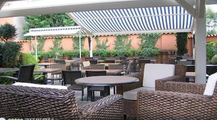 photo du restaurant Les Platanes