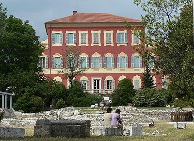 musée Matisse vu des Arènes.jpg