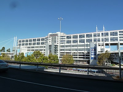 Mel Melbourne Airport Guide Terminal Map Airport Guide Lounges Bars Restaurants Reviews With Images