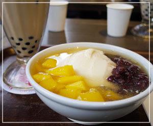 台湾本店の「春水堂」で、タピオカミルクティー&豆花を。