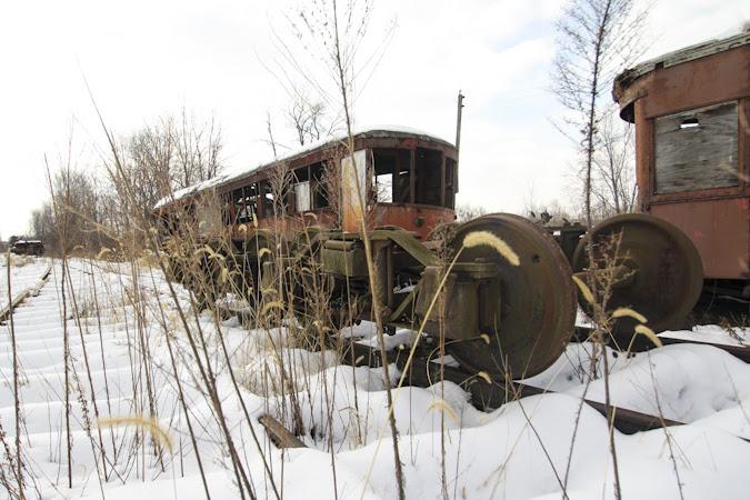 AbandonedChipTrains_0010