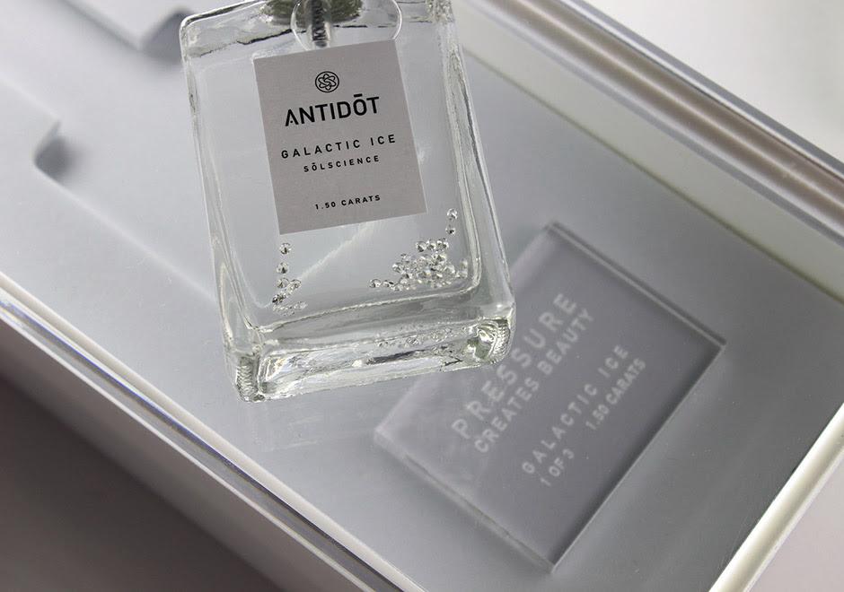 Antidot-diamond-sneaker-deodorant.jpg