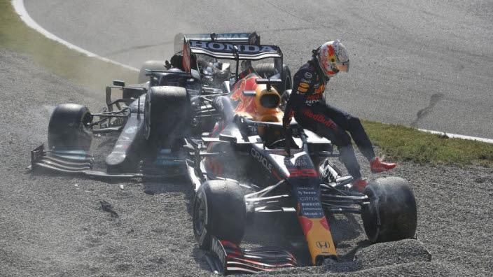 VIDEO: Formule 1 lanceert unieke nieuwe 360º-video Verstappen/Hamilton-crash