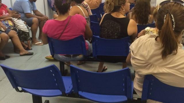 A sala de acolhimento da UPA do Engenho de Dentro lotada