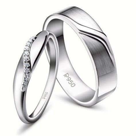 Shop Platinum Jewelry Online in India ? Jewelove?