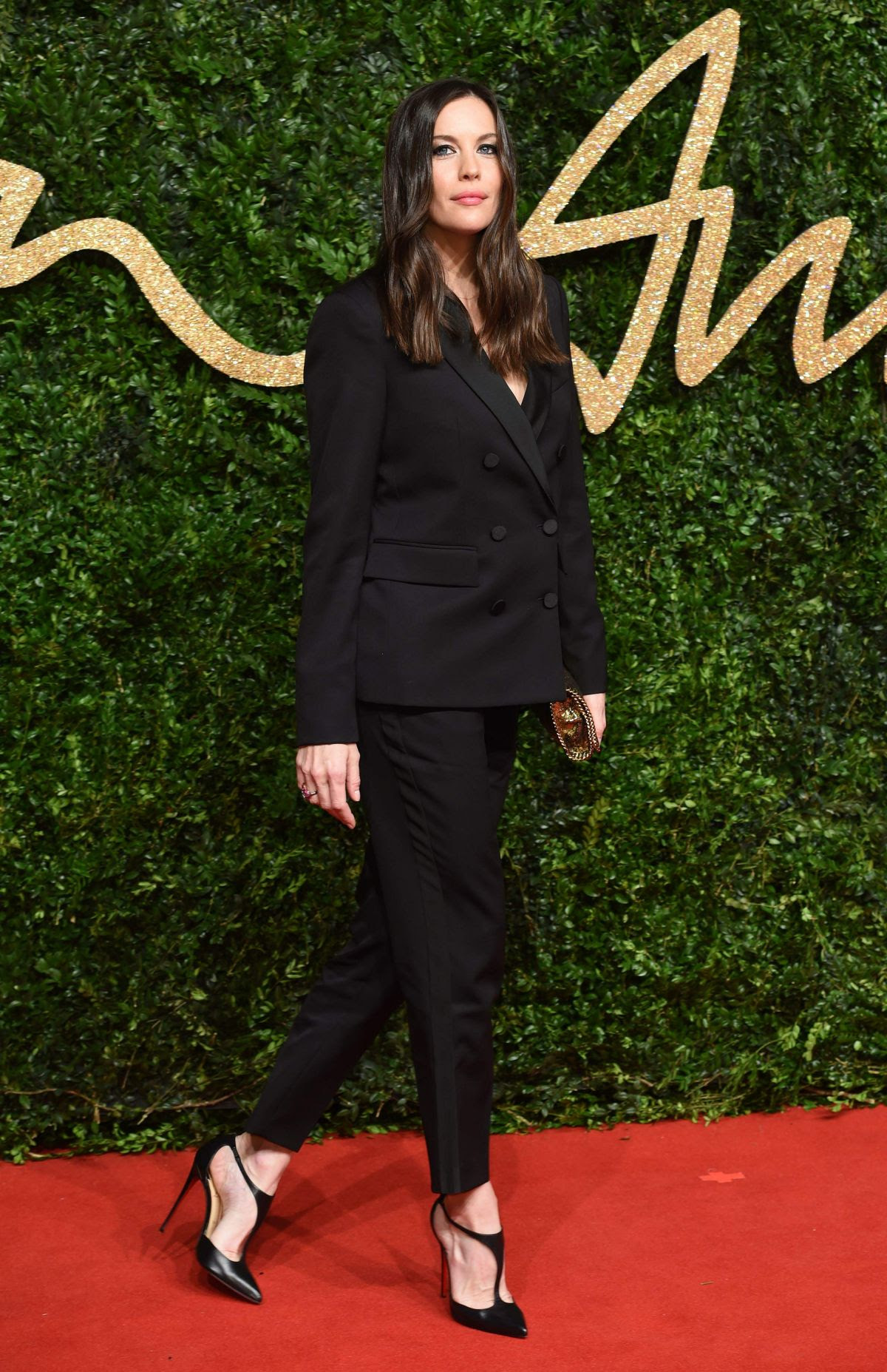 http://www.hawtcelebs.com/wp-content/uploads/2015/11/liv-tyler-at-2015-british-fashion-awards-in-london-11-23-2015_1.jpg