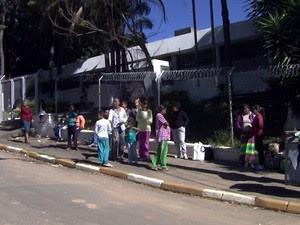 Penitenciária feminina de Campinas barra visitas após agente ser agredida (Foto: Reprodução / EPTV)