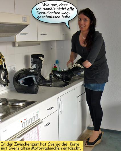Svenja putzt ihre Motorradstiefel