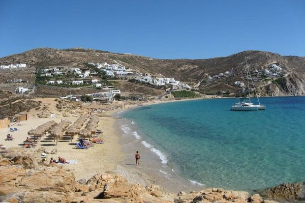 Mykonos: The Lively Party Spot of Cycladic Islands