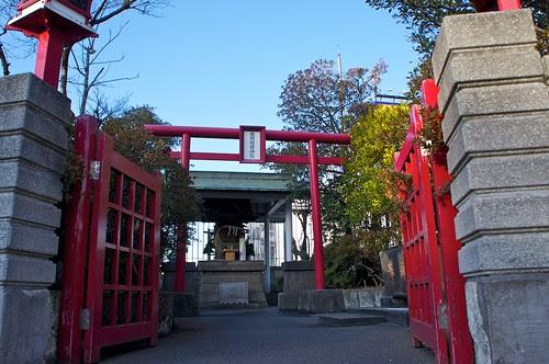 東横稲荷神社