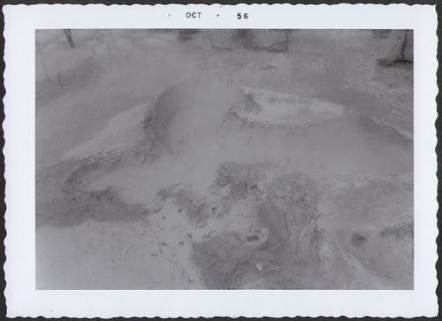 Yellowstone1956_HotSpring