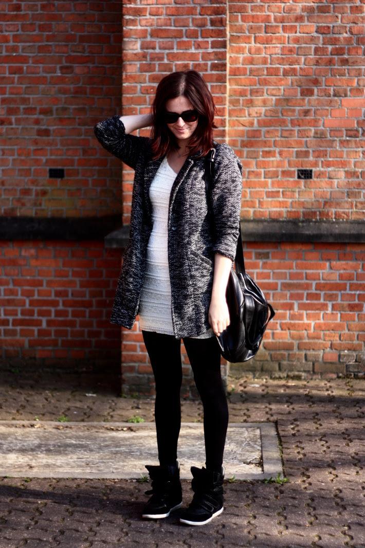Tweed, Sneaker Wedges and Sun