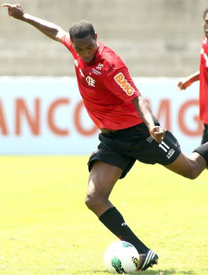 Renato, treino do Flamengo (Foto: Mauricio Val / Vipcomm)