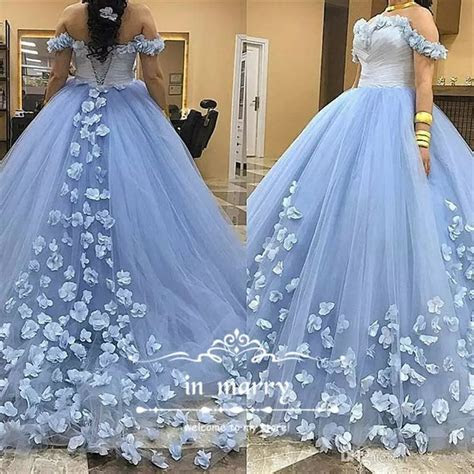 Best 25  Puffy prom dresses ideas on Pinterest   Mint