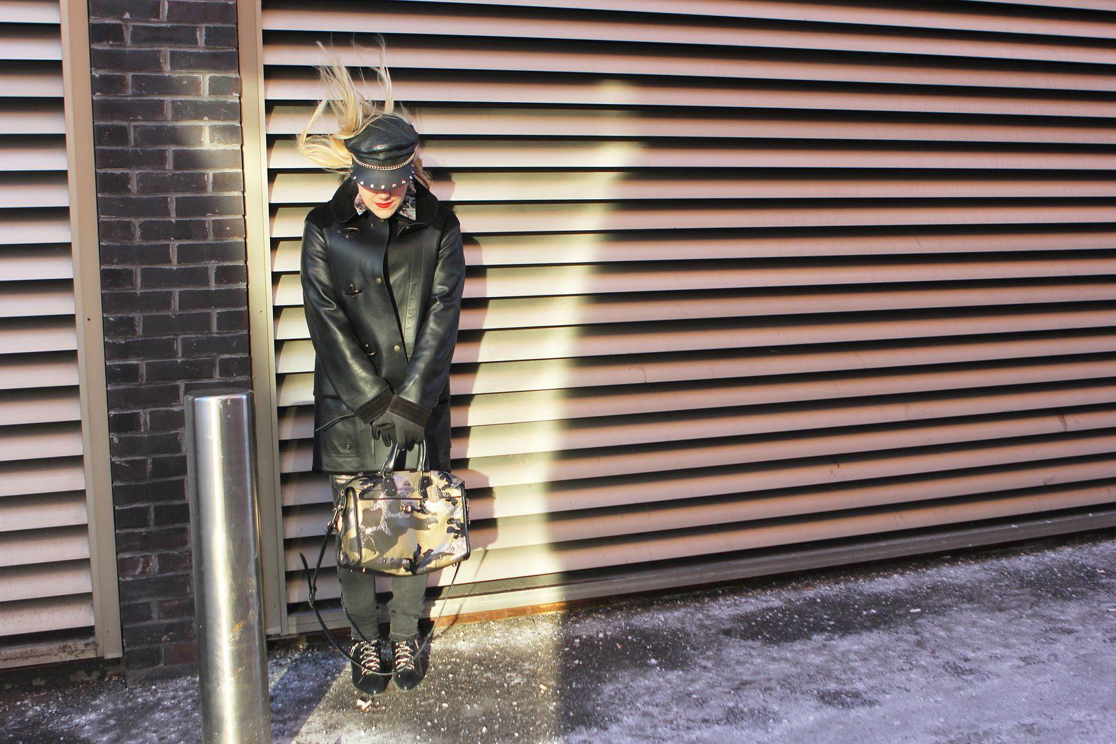 photo coach-beckerman-sisters-twins-canada-firemanjacket-toronto-canada-camouflagebag-coachbag_zpse5d62b42.jpg