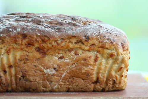 Welsh rarebit bread / Õlle-juustuleib