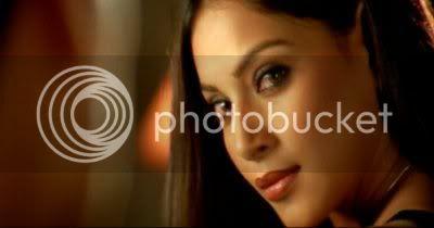 http://i298.photobucket.com/albums/mm253/blogspot_images/Raaz/PDVD_036.jpg