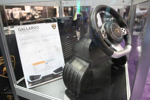 E3 2010: Lamborghini Gallardo Replica Steering Wheel For Playstation 3 & PC