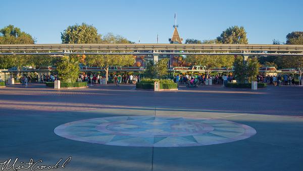 Disneyland Resort, Disneyland, Disney California Adventure