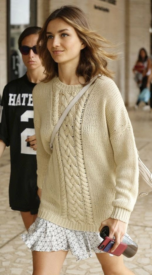 LE FASHION BLOG MODEL OFF DUTY STYLE ANDREEA DIACONU STREET STYLE NYFW CREAM OFF WHITE CABLE KNIT SWEATER FLARED PRINT SKIRT CROSSBODY BAG WWD photo LEFASHIONMODELSTYLEANDREEADICONUNYFWSWEATERSKIRTWWD.jpeg