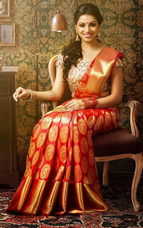 Red Kanchipuram Wedding Silk Saree {The Chennai Silks