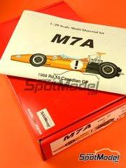 Maqueta de coche 1/20 Model Factory Hiro - McLaren M7A Shell Nº 1, 2 - Bruce McLaren, Denny Hulme - Gran Premio de Canada 1968 - kit multimaterial image