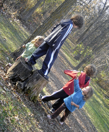 Hiking_in_the_woods_4