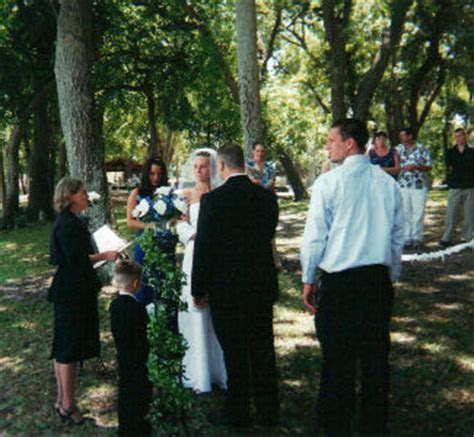 St. Pete, FL Park Weddings   Public Wedding Ceremony
