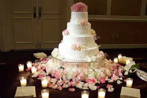 Elegant wedding reception at Loew's Vanderbilt Nashville