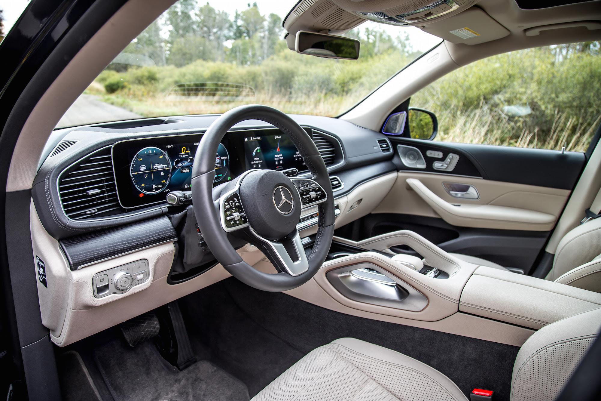 First Drive: 2020 Mercedes-Benz GLE-Class   CAR