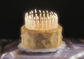 Pastel de cumpleaños elegante