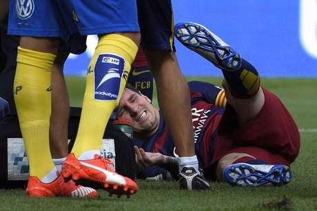 O clube catalão ainda não revelou detalhes sobre a lesão e tempo de recuperação do craque