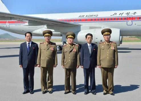 Ανατροπή! Ζωντανός ο στρατηγός που... εκτέλεσε ο Κιμ Γιονγκ Ουν!