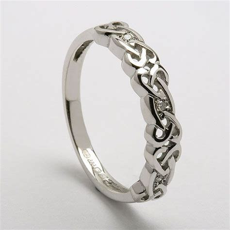 17 Best ideas about Celtic Wedding Rings on Pinterest