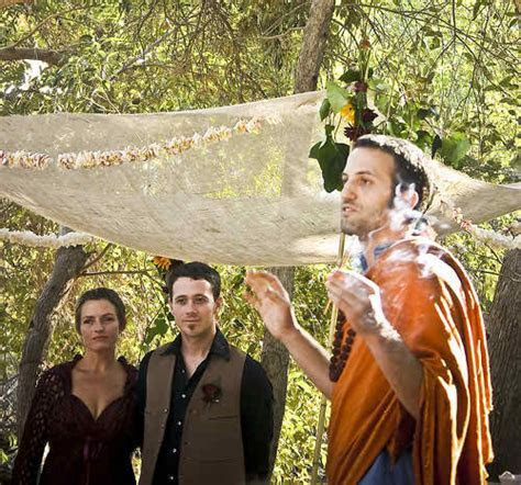 The Complete Guide on Planning a Hippie Wedding Ceremony